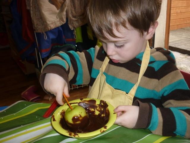 Chocolate Apple Treat