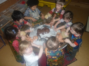 Here we all are busy washing the dollies.  Lily and Layla were playing in the home corner and were pretending to wash the dolls. It eventually led to this - all the 2-3 group having lots of fun washing the dolls.