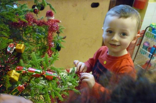 CHRISTMAS 14 184