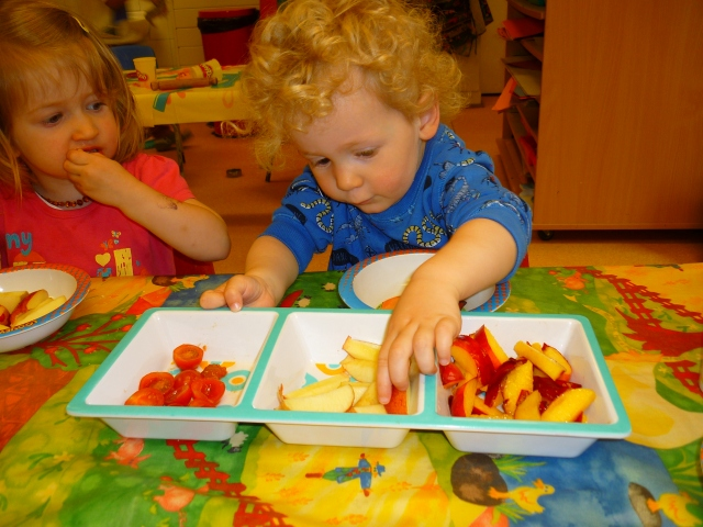To embrace Healthy Eating week we have set the children 5 challenges. One of them is to taste something new in nursery. The children are also bringing in a piece of fruit from home this week.